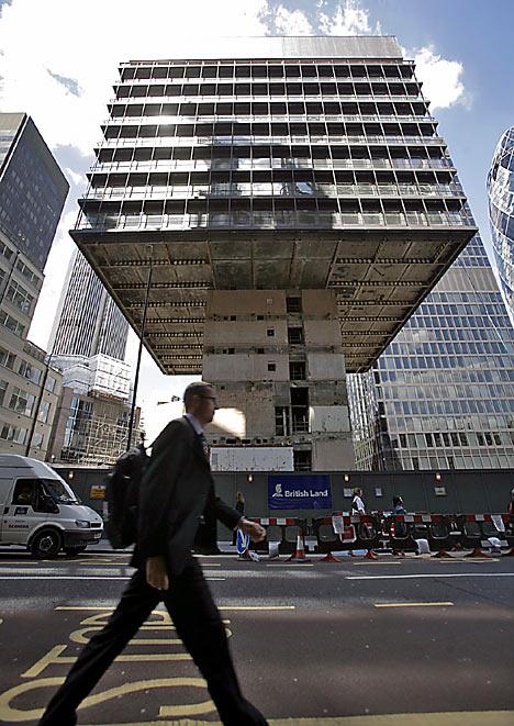 buildingll0208_468x661.jpg