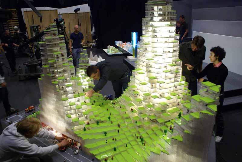 big-lego-model-building-2.jpg